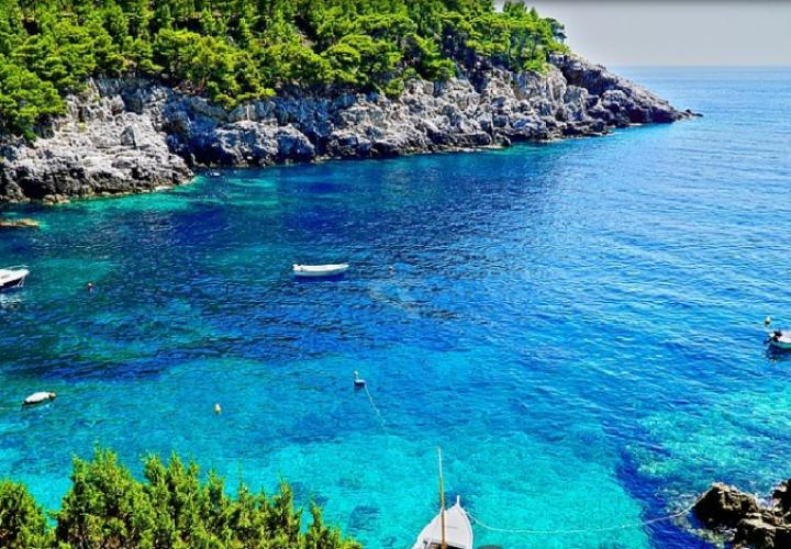 Huge land plot for sale on Mljet island of waterfront location