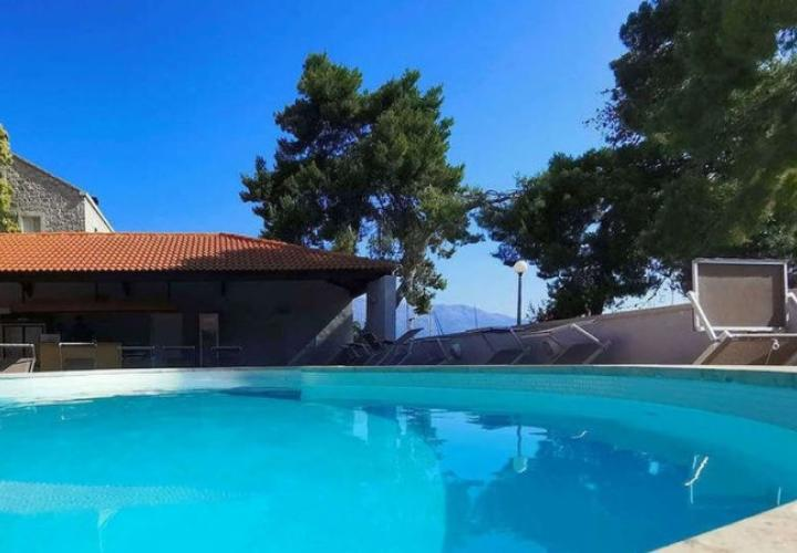 Lovely hotel of 44 rooms (121 beds) on Korcula for sale