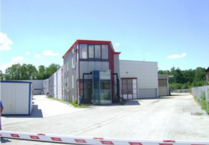Industrial building for sale in Sesvete