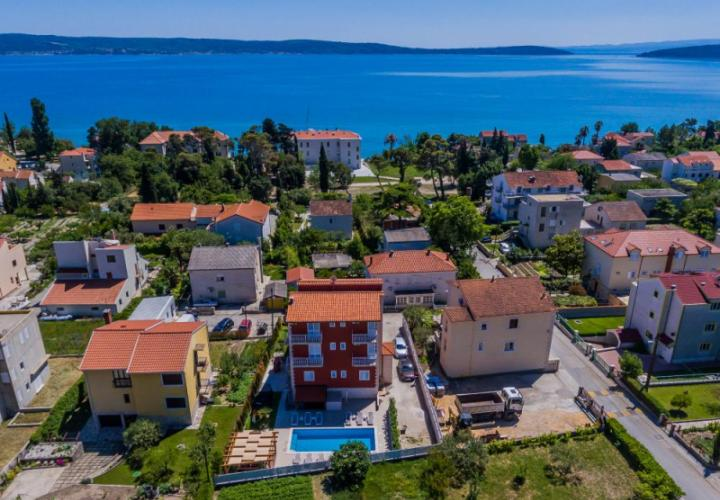 Outstading touristic property in Kastel Luksic with swimming pool