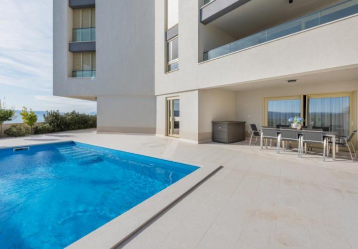 Magnificent apartment in Dugi Rat, a true alternative to a luxury villa