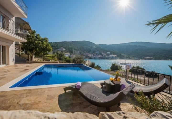Stunnung 5-bedroom seafront villa with a pool and panoramic sea view, Marina, Trogir, Croatia
