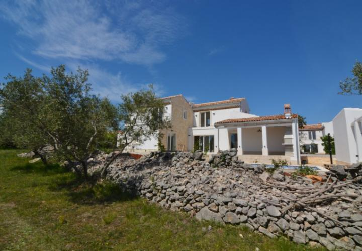 Exclusive mediterranean villa with pool and sea view, Krk