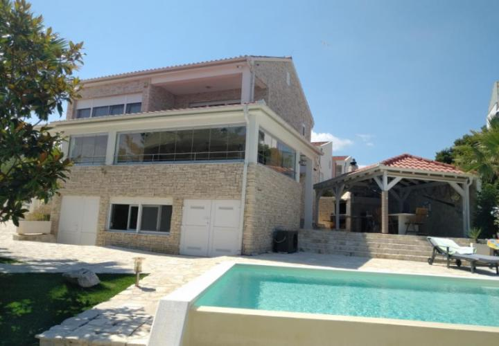 First line villa in Petrcane for sale