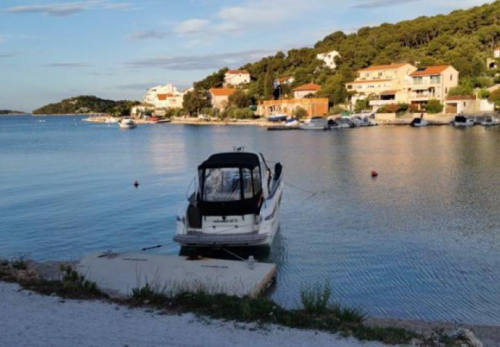 Fantastic first line house for sale in Tisno with mooring for 2 boats