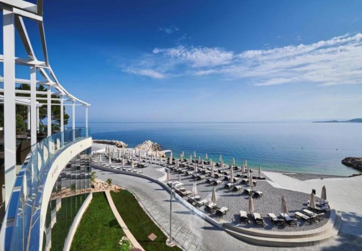 Великолепные современные виллы в 5-звездочном морском курорте в районе Умага - тип А