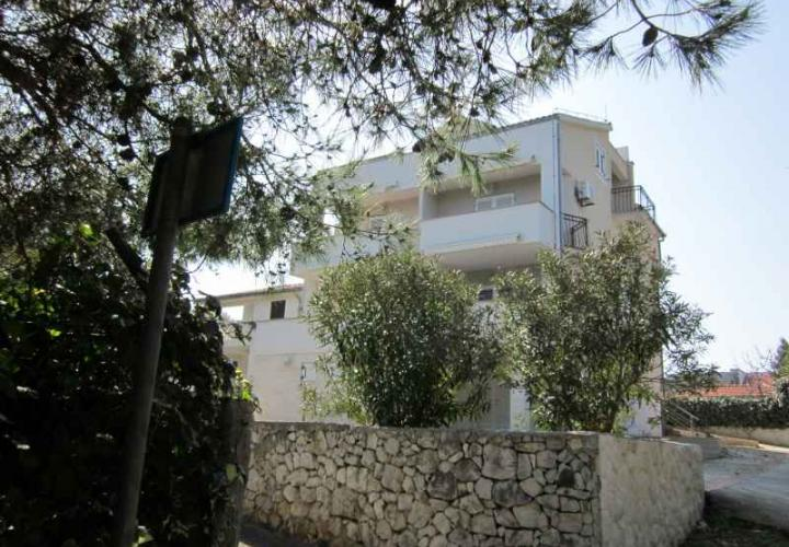 Villa just 70 meters from the beach on Ciovo, Trogir