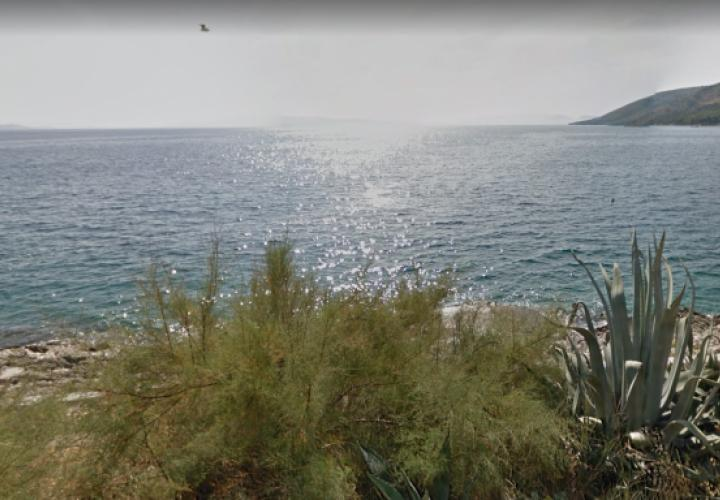 Excellent urbanized land plot on Ciovo, second line to the sea