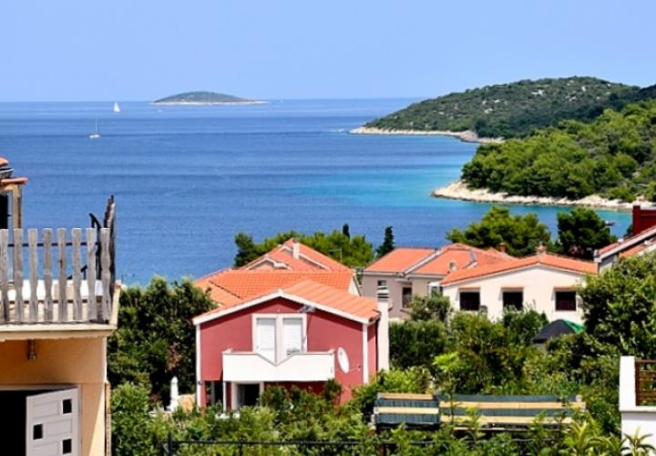 Nice house for sale in Razanj just 170 m from the sea
