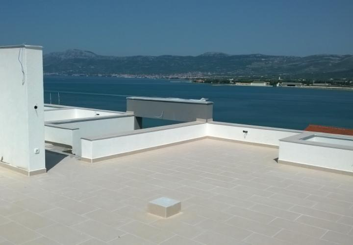 Ciovo, Trogir new apartment by the sea, last unit left!