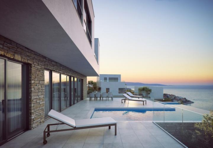 Six modern villas with swimming pools just 220 meters from the sea on Ciovo, Trogir, Dalmatia