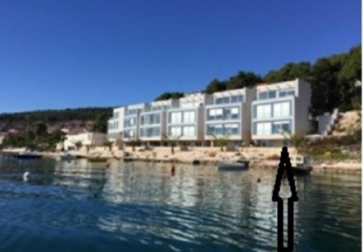 Last villa on the beach in a gated complex of modern attached villas on Ciovo, Trogir