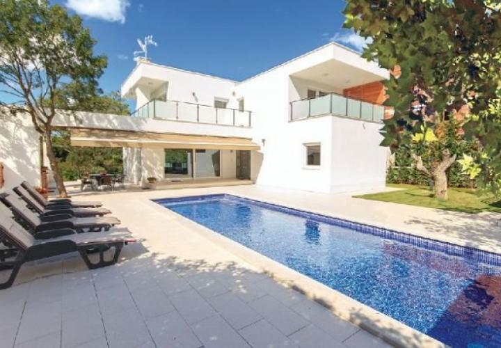 Villa, Istria, Pula, 200 sq.m, 590 000 €