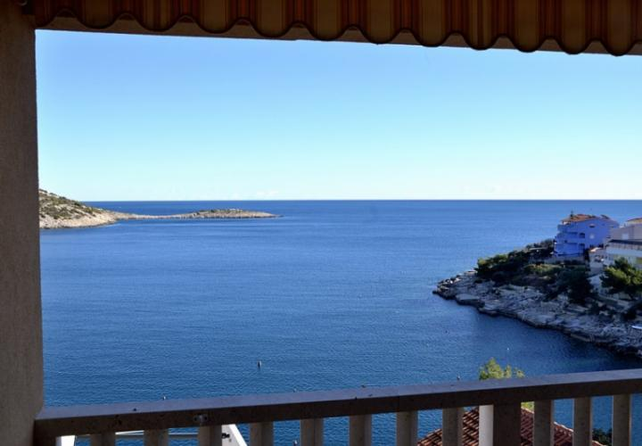 Nice house with fantastic sea view in Rogoznica