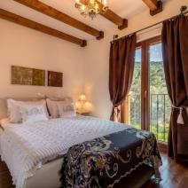 Astonishing villa on Ciovo (Slatine) just 30 m from the sea - pic 1
