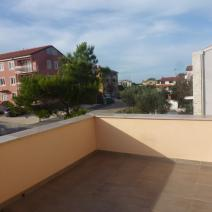 Excellent property for sale in Umag area - twin-houses just 400 m from the sea! - pic 12