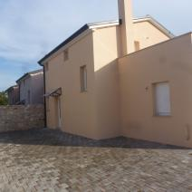 Excellent property for sale in Umag area - twin-houses just 400 m from the sea! - pic 2