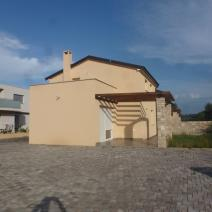 Excellent property for sale in Umag area - twin-houses just 400 m from the sea! - pic 3