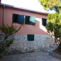Rare beachfront villa on Ciovo near Trogir on a land plot of 2300 m2! - pic 6