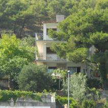 Beachfront building with three apartments in Primosten area - pic 1