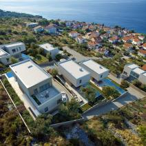 Six modern villas with swimming pools just 220 meters from the sea on Ciovo, Trogir, Dalmatia - pic 1