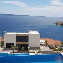 Six modern villas with swimming pools just 220 meters from the sea on Ciovo, Trogir, Dalmatia - pic 8