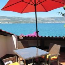 Apart-house or mini-hotel of 4 apartments of seafront location, Ciovo, Trogir - pic 12