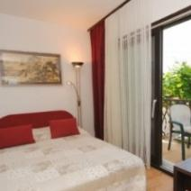 Apart-house or mini-hotel of 4 apartments of seafront location, Ciovo, Trogir - pic 10