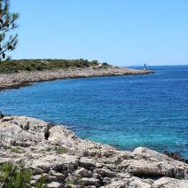 Plot of land in Ražanj just 70 meters from the beach, Rogoznica neighbourhood, Sibenik - pic 1