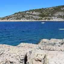 Plot of land in Ražanj just 70 meters from the beach, Rogoznica neighbourhood, Sibenik - pic 2