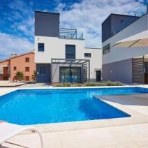 Fantastic new modern villa with pool just 250-300 meters from the sea in Pula suburb - pic 5