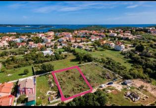 Highly attractive land plot for sale in Stinjan near Pula