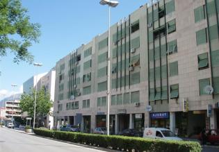 Commercial space in Split of 78 sqm for sale, ground floor, busy street