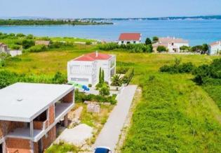Land plot for sale in Privlaka with great sea views