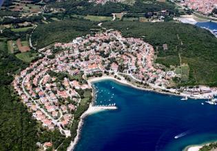 Urban land in Pješčana Uvala, Medulin for sale, surface is 924m2