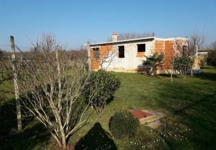 Incomplete house in Fažana